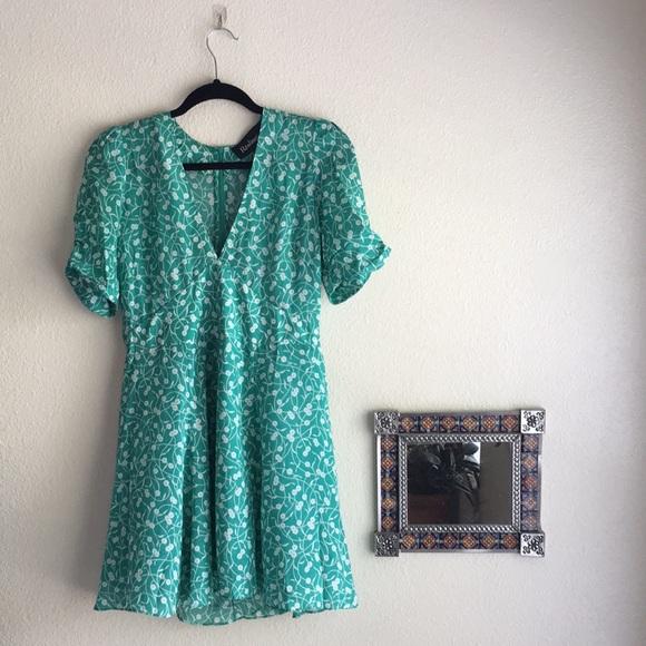 6936fa0e5b5e The Ozzie - Poison Ivy Dress. M 5bb3db4c4ab633cb54e814bb